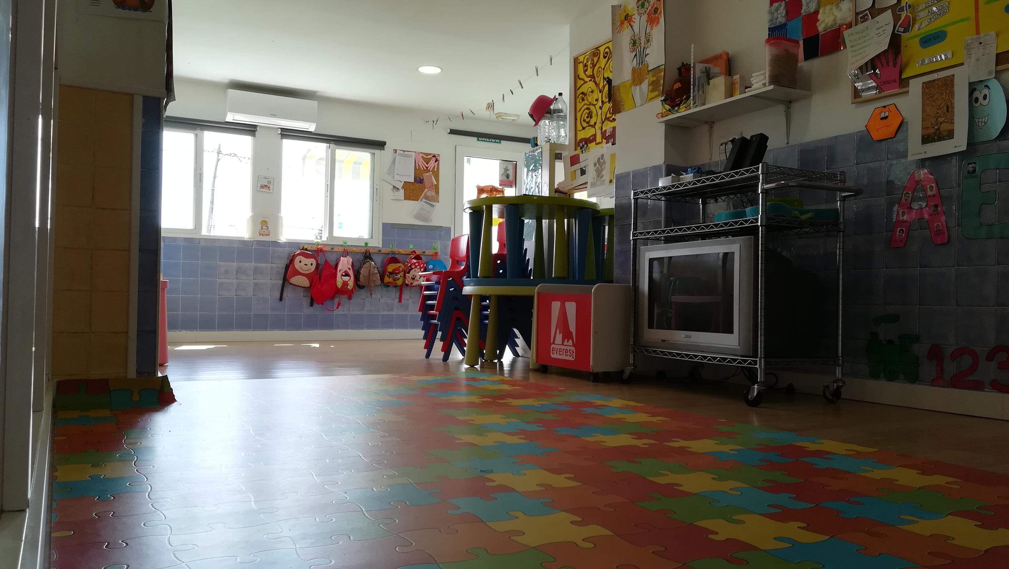 menta escuela infantil valencia pobla vallbona Eliana guarderia guarderia niños bebé primer ciclov
